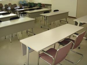 レンタルスペース本町 椅子 貸会議室